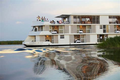 Zambezi Queen | Expedition Cruise Specialists