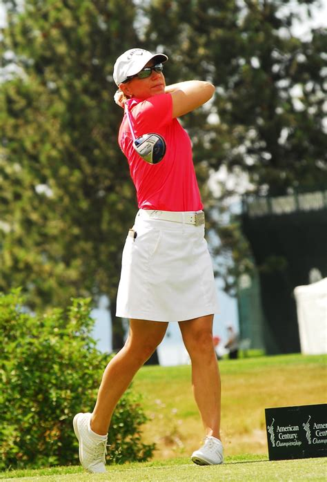 Annika Sorenstam comes out of retirement for celebrity