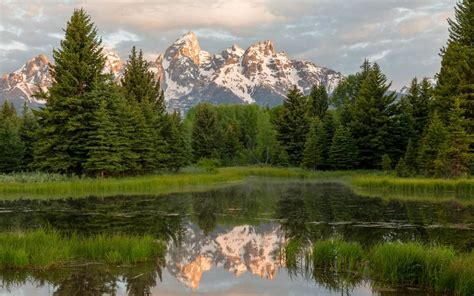 6 National Parks and Monuments in Wyoming to Spend a