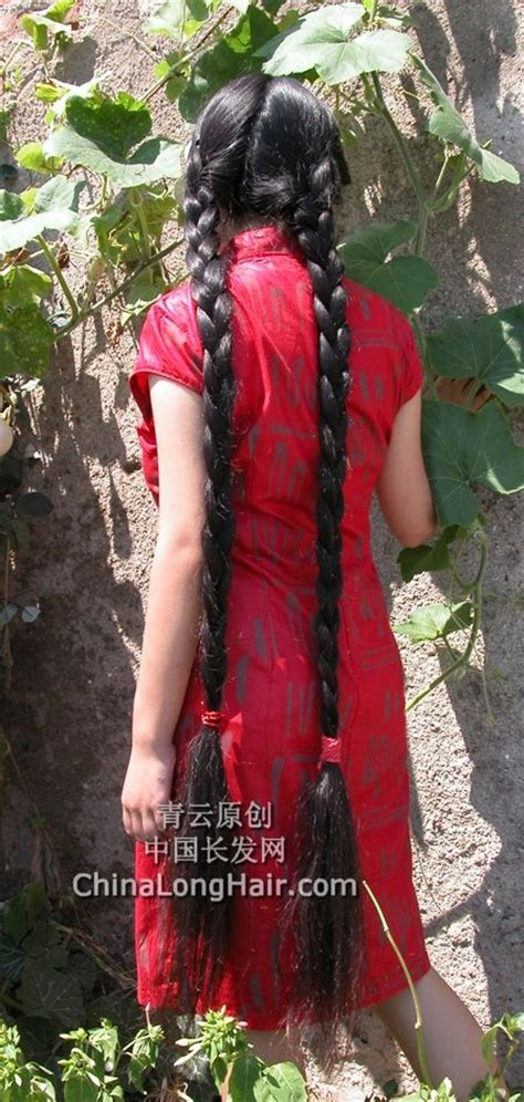 Young girl with knee length thick braid-4 - [ChinaLongHair