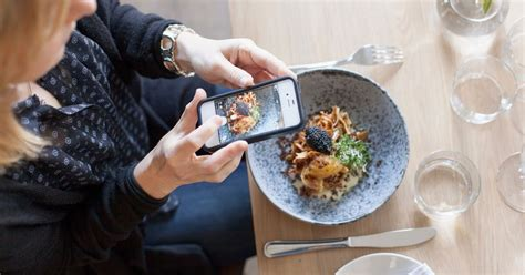 Inside Pay-for-Play Food Instagramming -- Grub Street