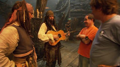 25 Funniest Behind-The-Scene Images From Pirates of The