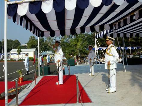Vice Admiral Karambir Singh takes charge as FOC-in-C of