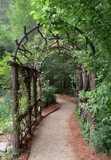 30+ Garden Projects using Sticks & Twigs • Lovely Greens